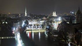 De horizon van Zürich bij nachttijdspanne stock videobeelden
