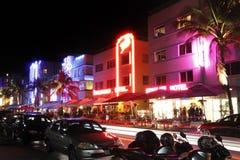 De hotels van het Strand van het zuiden bij nacht Stock Foto's