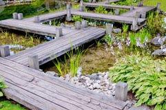 De houten brug van Zen Stock Afbeeldingen