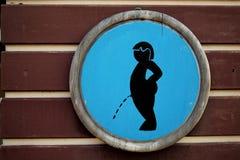 De houten kom van het teken mannelijke toilet Stock Foto