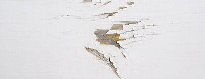 De houten muur met witte verf wordt doorstaan en schil Royalty-vrije Stock Afbeelding
