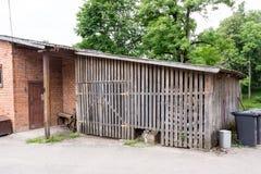 De houten plaats van de logboekopslag stock foto