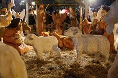 De houten scène van de Kerstmisgeboorte van christus in het vierkant Royalty-vrije Stock Foto's