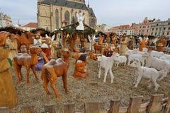 De houten scène van de Kerstmisgeboorte van christus in het vierkant Stock Fotografie