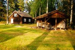 De houten schrijnwerkersbouw en huis Telemark, Noorwegen Royalty-vrije Stock Foto
