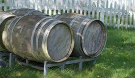De houten vaten hebben verhalen over hun gebruik op Whidbey-Eiland, Washington in te lichten Royalty-vrije Stock Fotografie