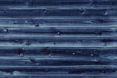 De houten voering scheept muur in Donkerblauwe houten textuur oude panelen als achtergrond, Naadloos patroon Horizontale planken Stock Foto