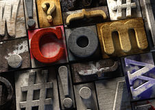 De houten vorm van drukblokken ulr Com-concept voor Webdomeinnaam Stock Foto's