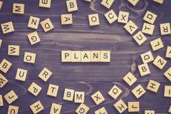 De houtsnede van het plannenwoord op lijst voor bedrijfsconcept Stock Foto
