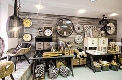 De huisdecoratie winkelen binnenland stock foto