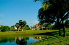 De huizen in de stad van het luxemiljoen dollar in Florida Stock Fotografie
