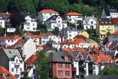 De huizen van Bergen, Noorwegen Stock Afbeeldingen