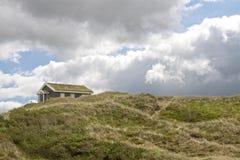 De Huizen van de vakantie in de Duinen van het Zand Stock Foto's