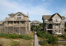 De Huizen van de vakantie op de Oceaan Stock Afbeeldingen