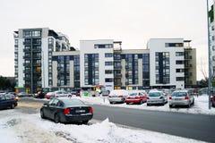 De huizen van de Vilniusstad in Zirmunai-de stad van districtsnord Stock Afbeelding