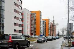 De huizen van de Vilniusstad in Zirmunai-de stad van districtsnord Stock Afbeeldingen
