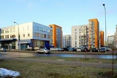 De huizen van de Vilniusstad in Zirmunai-de stad van districtsnord stock foto's