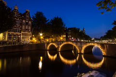 De Huizen van het Kanaal van Amsterdam stock foto