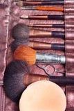 De hulpmiddelen van de kunstenaar van de make-up Stock Afbeeldingen