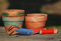 De hulpmiddelen van de tuin stock afbeeldingen