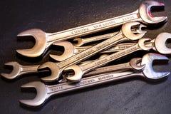 De hulpmiddelen van het moersleutelstaal voor reparatie Stock Foto