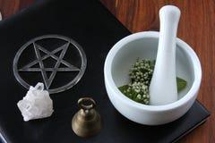 De Hulpmiddelen van Wiccan stock foto's