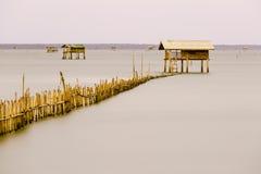 De hut in overzees voor vissersrust en slaap Stock Foto's