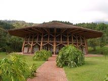 De hut van het bamboe bij Botanische Tuin, Manizales Royalty-vrije Stock Afbeeldingen