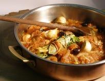 De hutspot van de aubergine en van de tomaat Stock Foto's