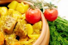De hutspot van het vlees met aardappel Stock Foto's