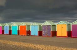 De hutten van het strand op de strandboulevard van Brighton engeland Royalty-vrije Stock Foto's