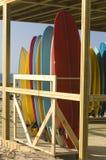 De huur en de opslag van surfplanken royalty-vrije stock foto