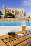 De huursleutels van de auto in de kathedraal van Palma DE Mallorca Stock Afbeeldingen