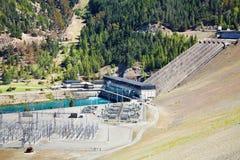 De hydro-elektrische dam van Benmore van het meer, Nieuw Zeeland stock afbeeldingen