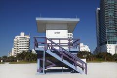 De iconische Hut van de Badmeester, het Strand van het Zuiden, Miami Stock Fotografie