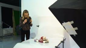 De ideeën van de werkruimterichtingen van de coulissefotograaf stock footage