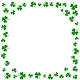 De Ierse achtergrond van klaverbladeren voor Gelukkige St Patrick ` s Dag Eps 10 Stock Foto's