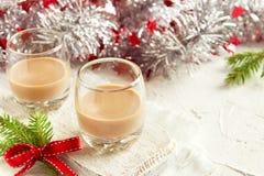 De Ierse likeur van de roomkoffie voor Kerstmis stock foto's