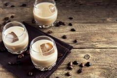De Ierse likeur van de roomkoffie stock foto's