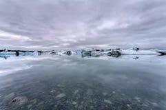 De Ijzige Lagune van Jokulsarlon, IJsland Stock Afbeelding