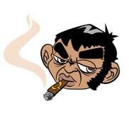 Mens die een sigaar roken Stock Foto's