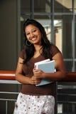 De Indische Boeken van de Holding van de Student royalty-vrije stock foto's