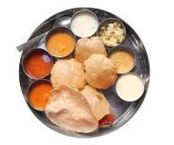 De Indische lunch van het zuiden met puri en sambar royalty-vrije stock foto's