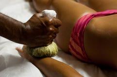 De Indische Massage van Ayurvedic Stock Foto's