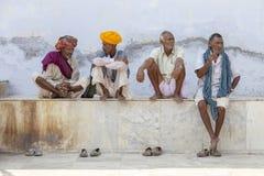 De Indische mensen woonden de Pushkar-Kameel Mela bij India stock afbeelding
