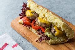 De Indische Sandwich van Stijlvleesballetjes met Bazlama-Brood Royalty-vrije Stock Afbeeldingen