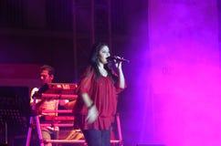 De Indische zanger Sunidhi Chauhan presteert in Bahrein Stock Foto's