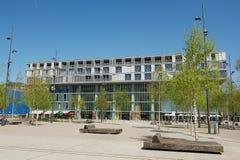 De industriële en stedelijke bouw in modern stadsdistrict 5 in Zürich, Zwitserland Stock Fotografie