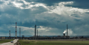 De industrie en ecologie Stock Fotografie
