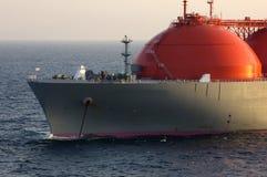 De industrie van de olie en van het gas - de tanker van het LNG Stock Afbeeldingen